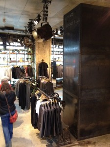 Berlin industrial themed clothing store (1)